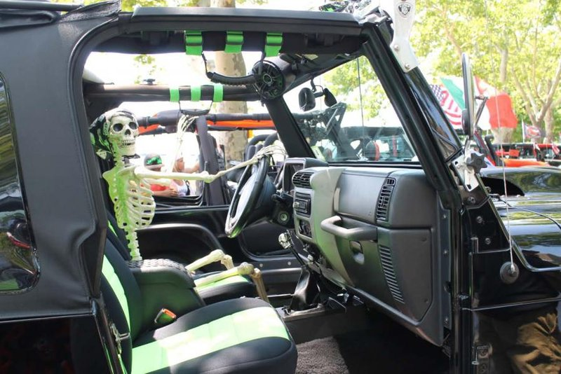 Perth Amboy's Xtreme Jeep Show Featuring Convoy of 500+ Vehicles